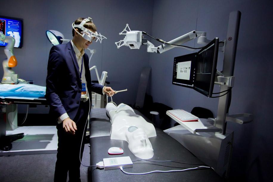 Симуляторы для обучения студентов и хирургов